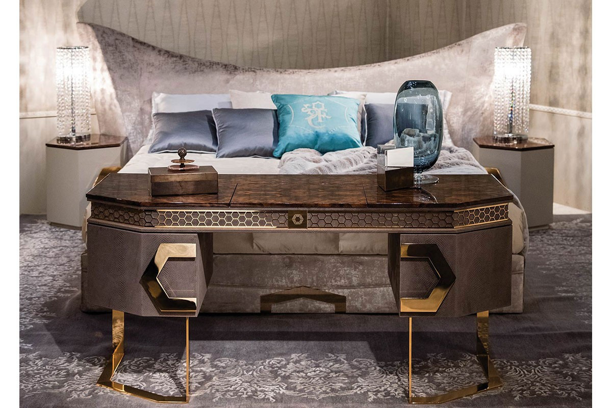poltrona frau意大利家具時代時尚經典傳世造型設計