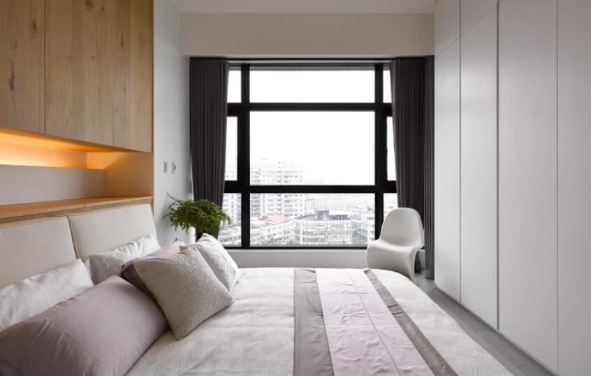 """""""層次黑""""的妝容美學!90平方2居室混搭風裝修設計"""