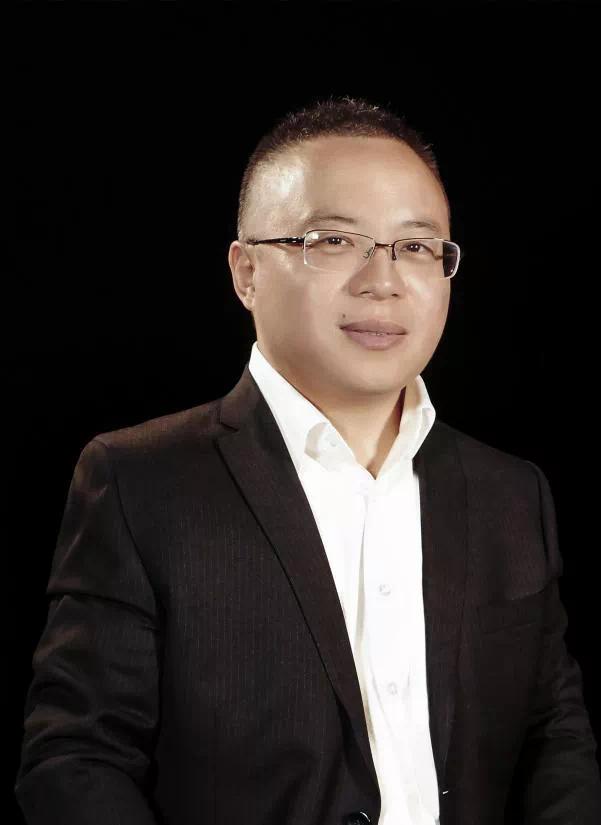 对话2021丨张鹏:不驰于空想,把责任扛肩上事业干起来!