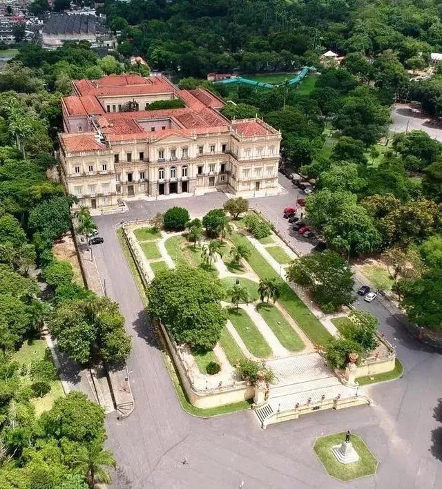 新湖南大厦:巴西国家博物馆遭大火 敲响世界文物保护警钟