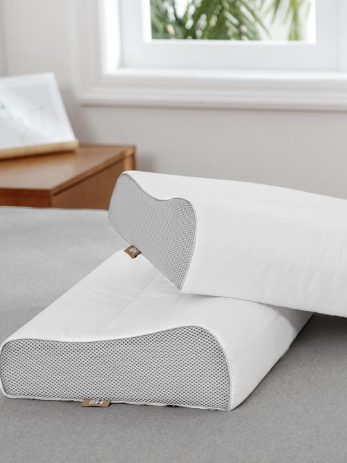 乳胶曲线护颈枕青春版于11月4日在有品APP上线