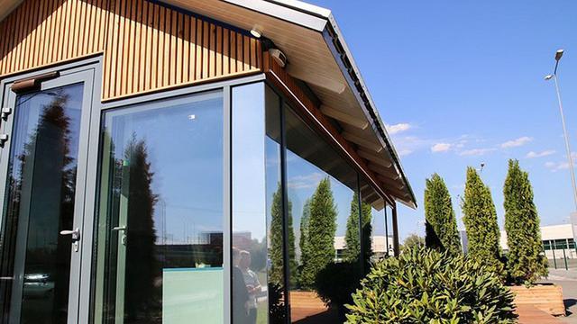 马云果然没吹牛,新发明的房子只要15万元,当天即可建成入住