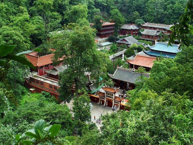"""""""贵在城中  美在自然""""贵阳市区有哪些休闲乐园?"""