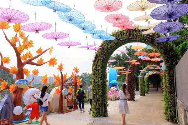 东莞隐贤山庄建成六大主题的蜜蜜花园,游客以为到了迪拜