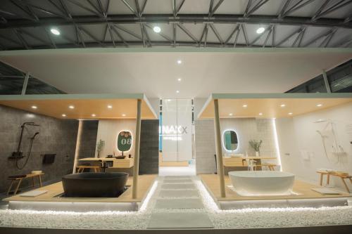 《【摩登3平台app登录】光影美学,洁净智造:伊奈亮相第26届中国国际厨卫展》