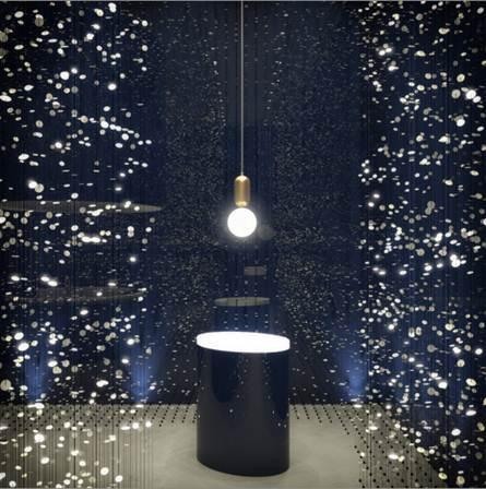 法恩莎 ▏把星空铺散在路上,把创意藏进这森林