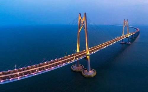 """港珠澳大桥上兜风 你必须知道的""""规矩"""""""