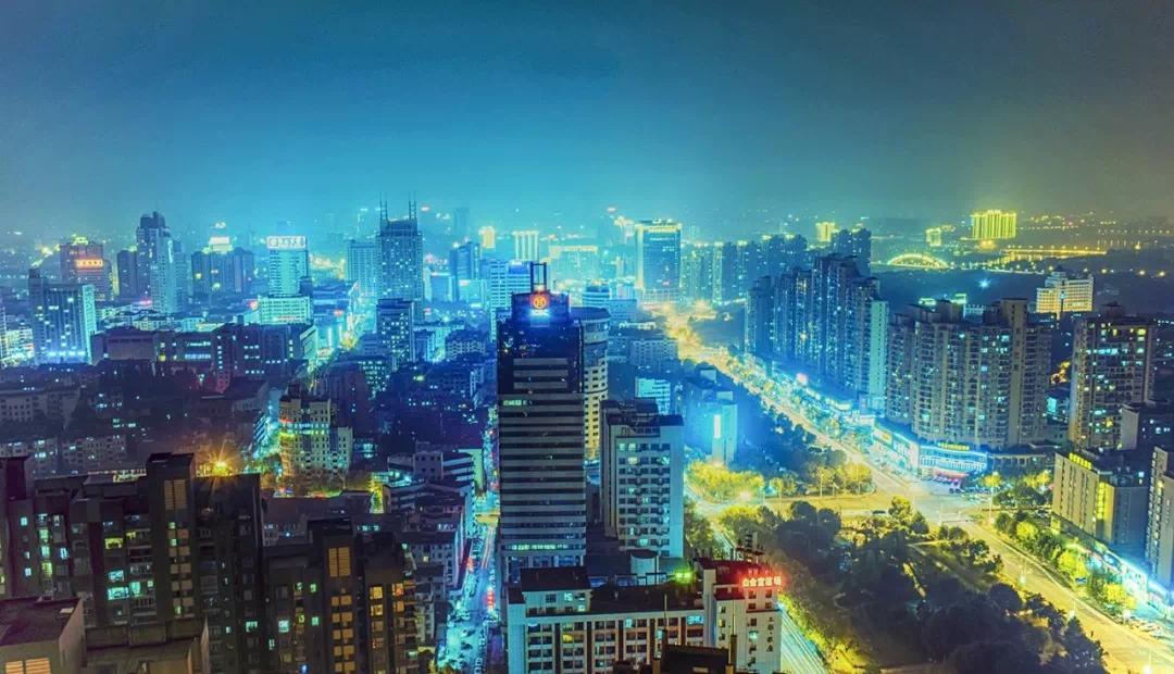 10月重庆新房同比上涨10.6%,一线城市房价环比持平