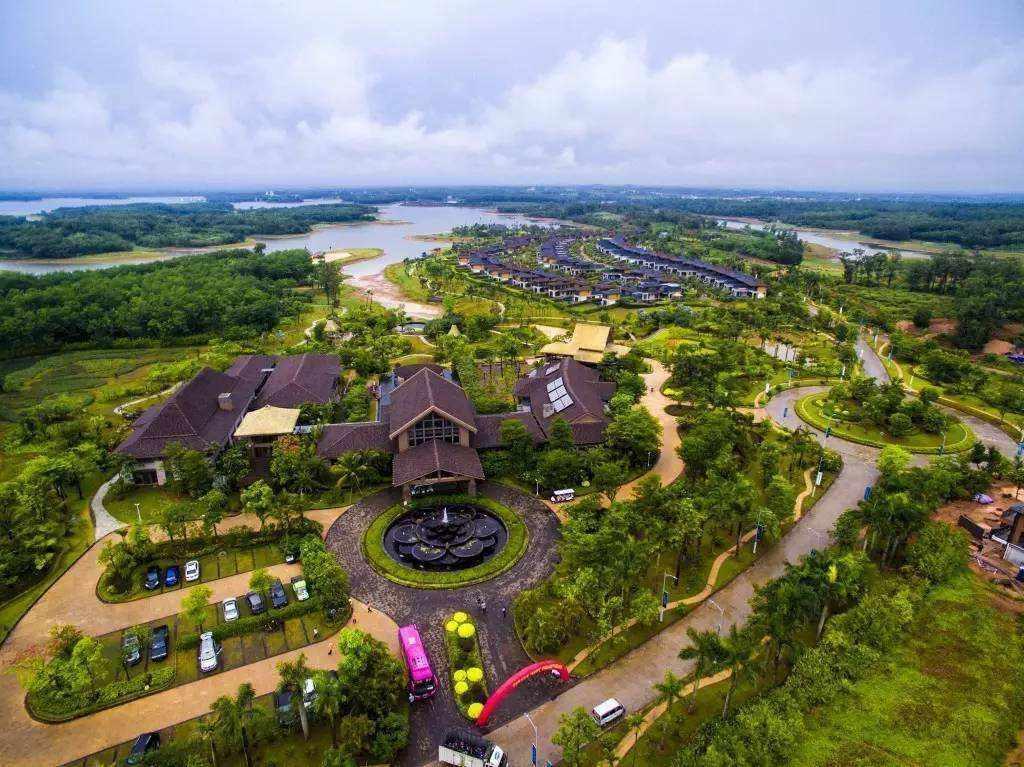 """海南去年拆除20万平米违法建筑:""""摆脱财政对房地产依赖"""""""