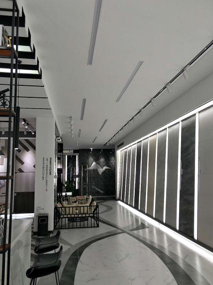 广东利辉陶瓷新展厅盛装亮相,打造新品展示体验窗口
