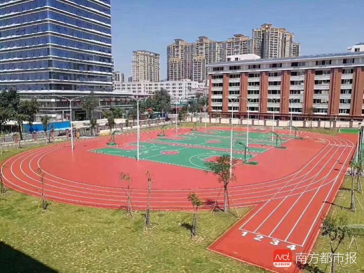 学位不愁!东莞中心区又一小学落成启用,新增1600多个学位!