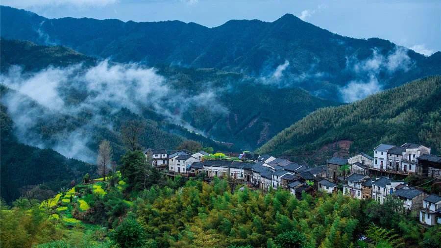 """黄山脚下的""""诗和远方""""——田居艺术公社"""